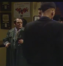Del Boy Falls Through the Bar II. dio (VIDEO)